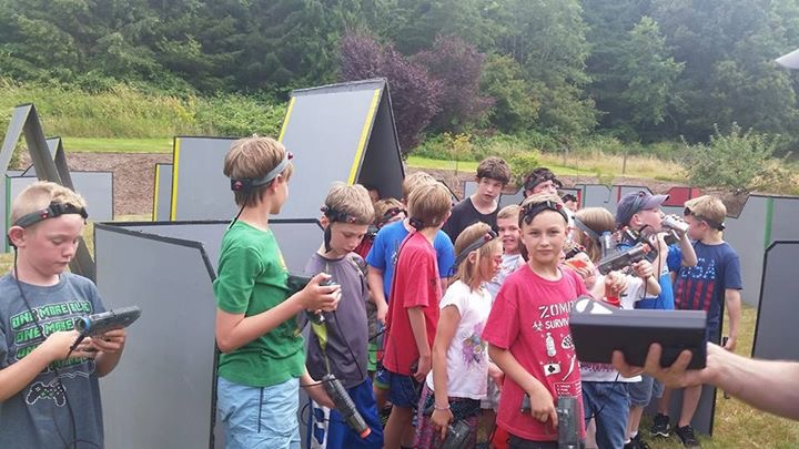Anna Lunday_28 ten year olds laser tag